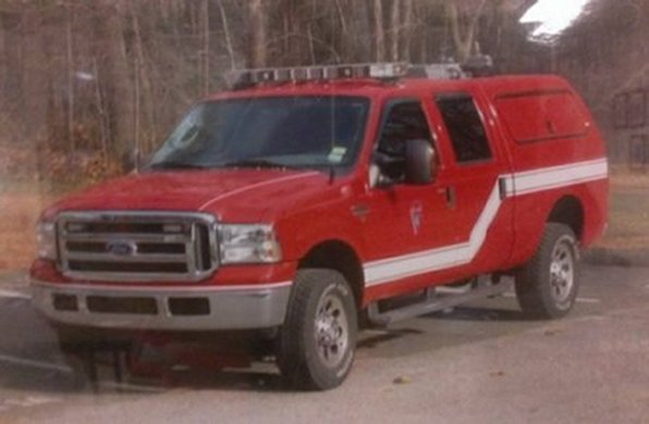 Old Lyme Fire - Chiefs Vehicle